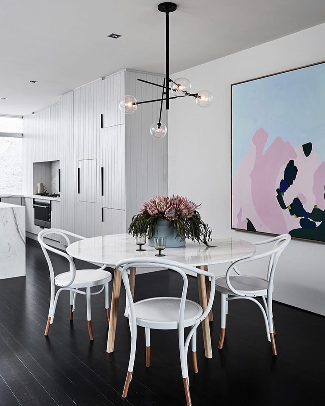 Model Meja Makan Untuk Desain Ruang Makan Minimalis Cantik
