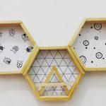 Rak Dinding Berbentuk Hexagonal Dari Stik Es Krim