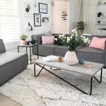 Ruang Tamu Dengan Meja Unim Terbaru