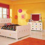 Warna Cat Kamar Tidur Anak Perempuan Pink Dan Kuning Kombinasi