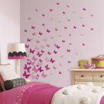 Desain Dinding Kamar Tidur Dengan Wallpaper Kupu Kupu