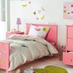 Desain Kamar Anak Perempuan Warna Pink Minimalis