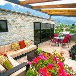 Desain Ruang Keluarga Minimalis Terbaru Menyatu Dengan Taman