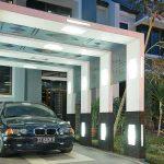 Gambar Garasi Mobil Samping Rumah