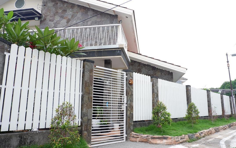 Model Pagar Rumah Minimalis Terbaru Warna Putih