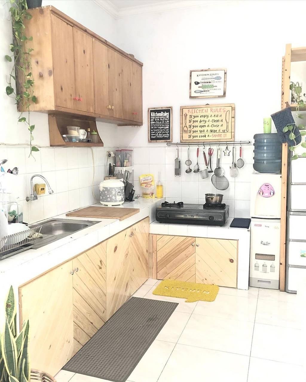 Model Kitchen Set Kayu Minimalis Dapur Sempit