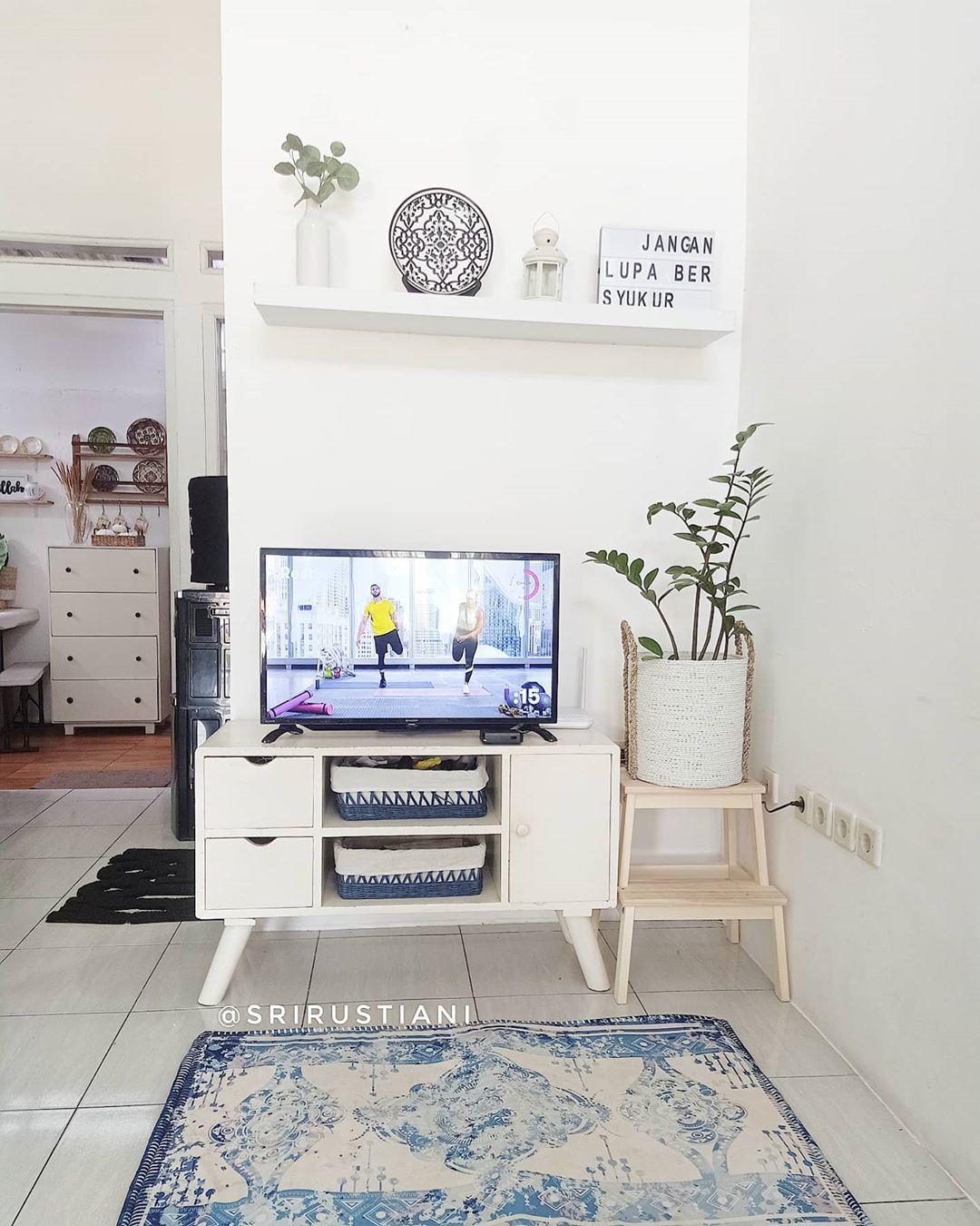 Model Rak TV Minimalis Rumah Mungil Terbaru